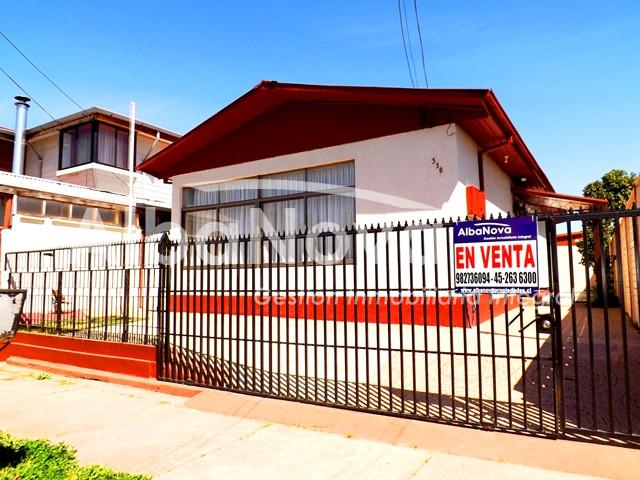 Amplia Casa con Amplio Terreno. Sector Residencial